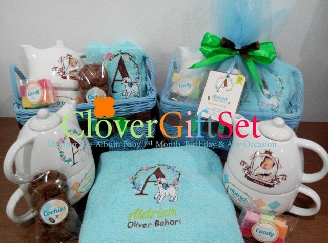 Foto: Baby One Month Hamper Murah