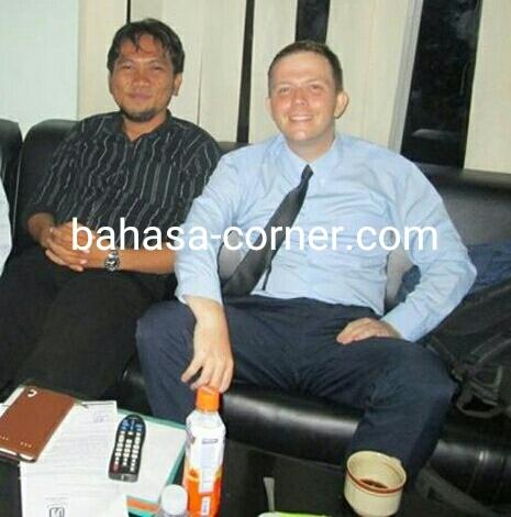 Foto: Guru Native Speaker Dari USA/UK
